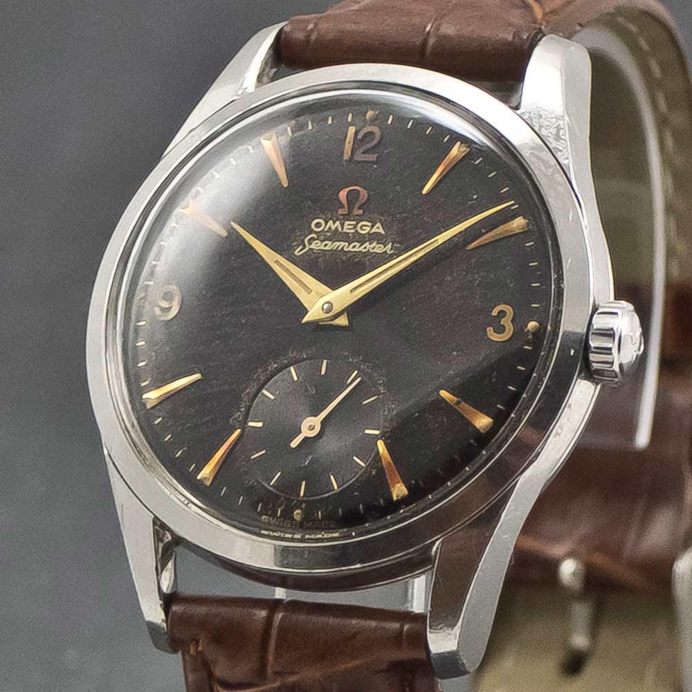 Omega-Seamaster-Black-003