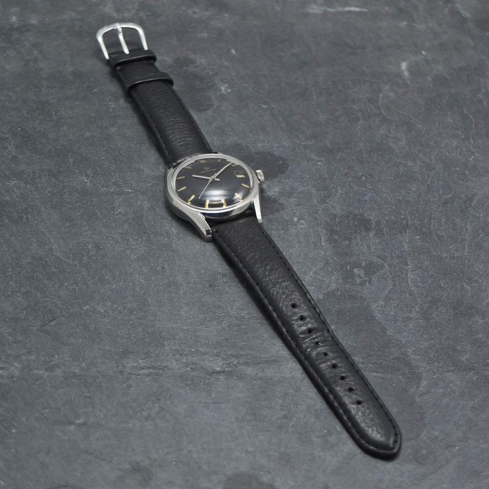 Certina-DS-Black-Dial-003—Www.WristChronology.com-Vintage-ure