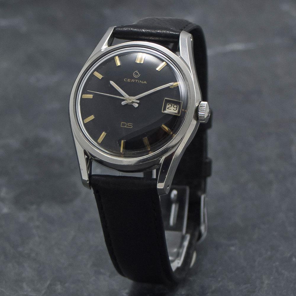 Certina-DS-Black-Dial-004—Www.WristChronology.com-Vintage-ure