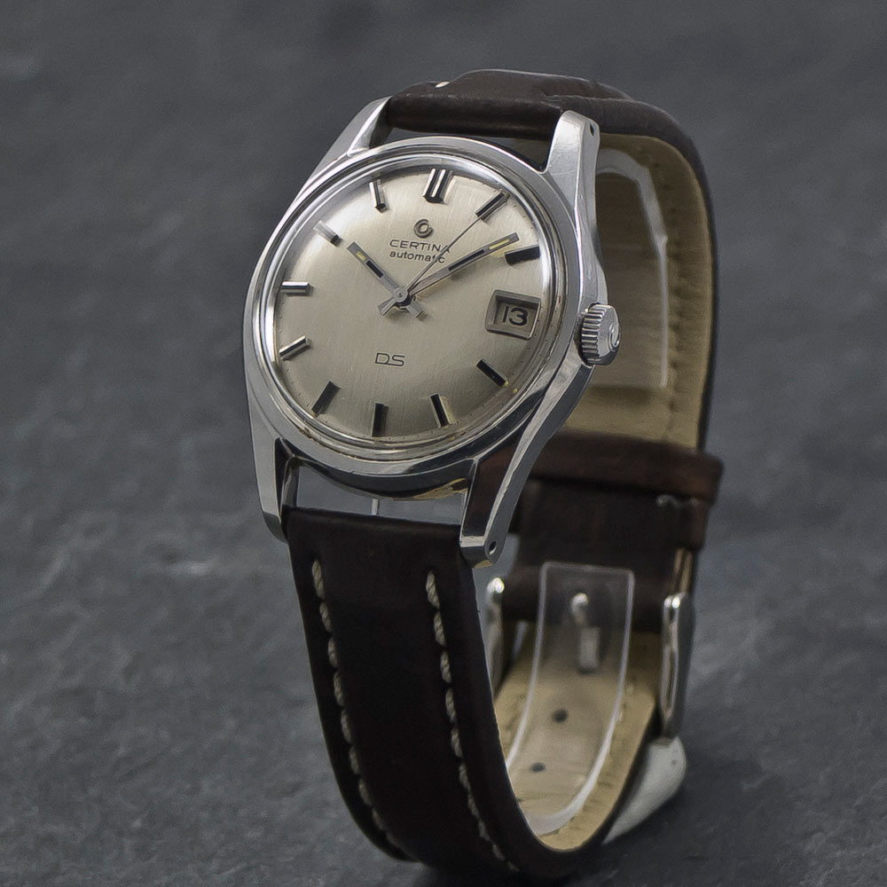Certina-DS-turtleback-date-X-016