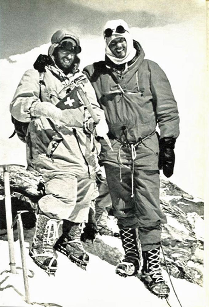 Dhaulagiri-1960-swiss-summit