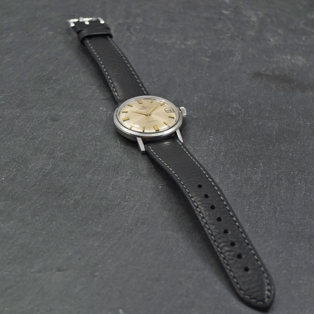 Universal-Geneve-Polerouter-automatic-date–004x-006